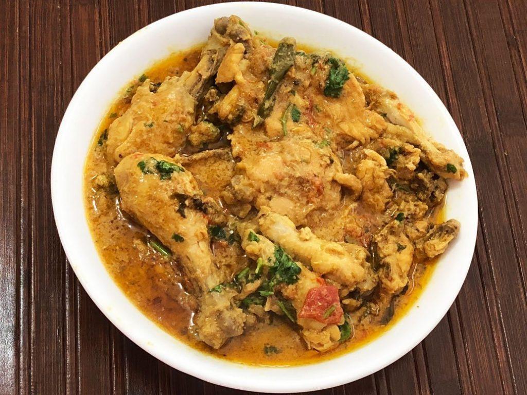 chicken khorma